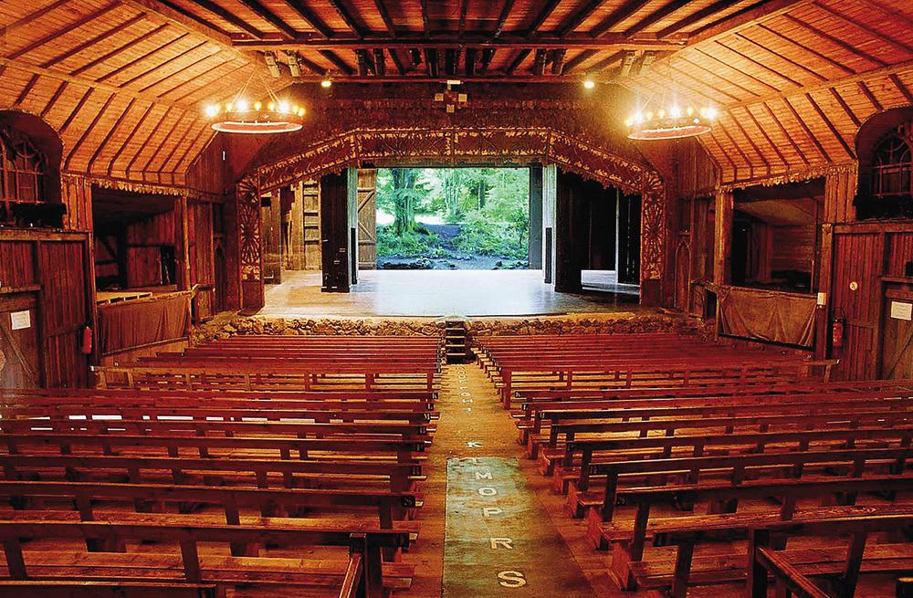 Le théâtre populaire et ravi de Bussang, Vosges, ou le déjeu de l'identitaire
