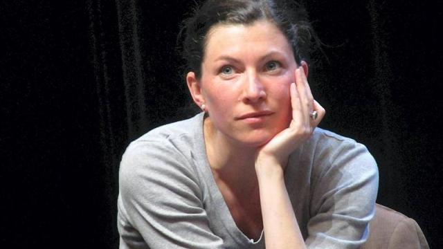 Interview avec Aurélie Édeline, comédienne de Tout Entière.